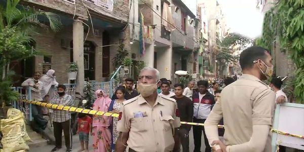 दिल्ली : एकाच कुटुंबातील चौघांचा होरपळून मृत्यू