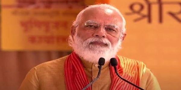 राष्ट्रपती, उपराष्ट्रपतींकडून पंतप्रधानांना शुभेच्छा